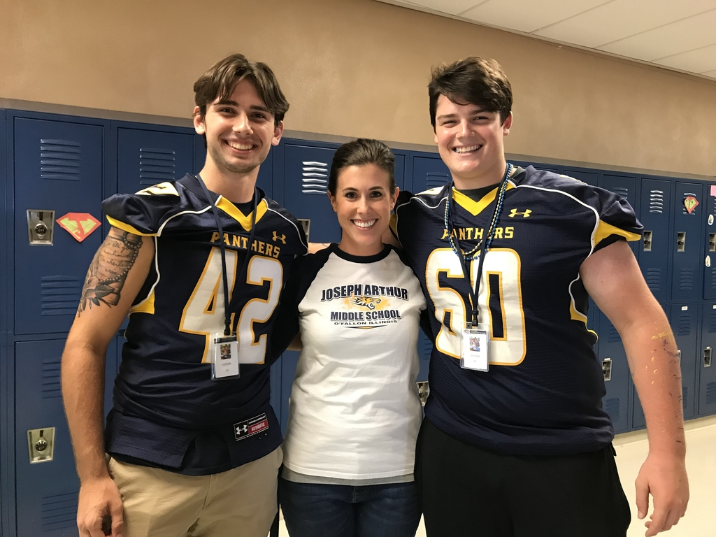 Mrs Auffenberg with 2 of her previous students!