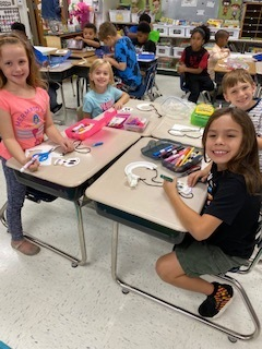 2nd grade class doing crafts